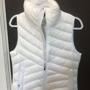 New with Tags Under Armour Vest